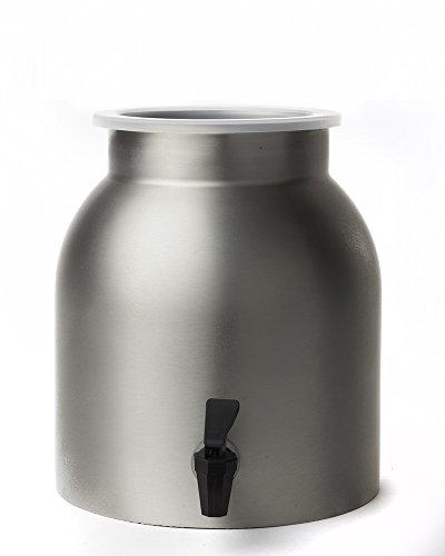 کلمن فلزی یکی از انواع کلمن آب