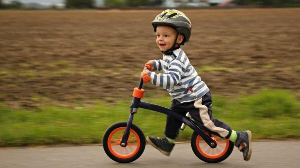 سن مناسب دوچرخه سواری کودکان